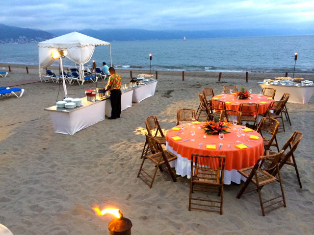 Catering set-up at BBQ Beach Catering at Casamagna Marriot.