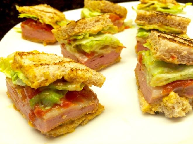 #grilledbolognasandwich #smokedbologna